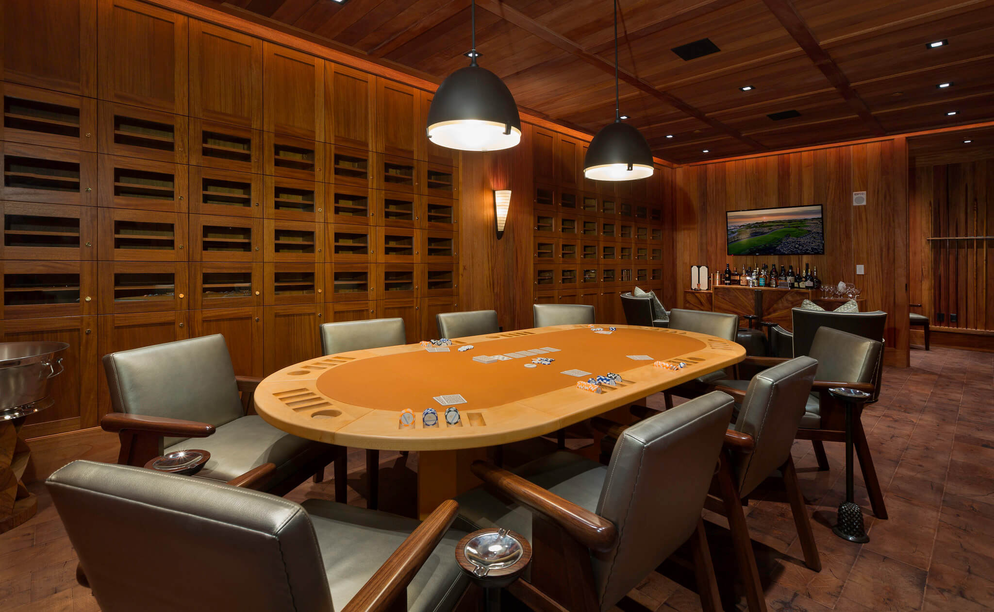 Clubhouse Cigar Room